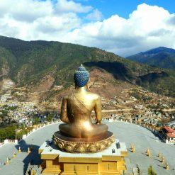 La statue du Bouddha Dordenma